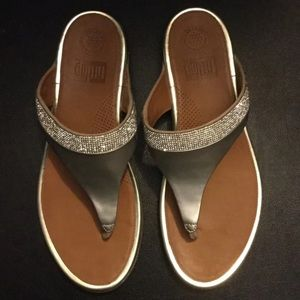 Fitflop gold glimmer sandals 10